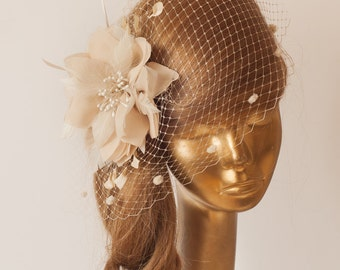 Champagne BIRDCAGE VEIL with Champagne-Cream Flower, Vintage Style Bridal FASCINATOR