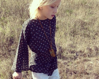 Girls Calico Top/Vintage/Hippie/Boho/Bell Sleeve/Blouse