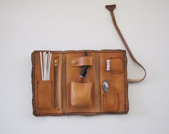Handmade leather pipe pouch