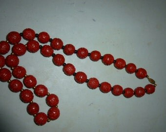 Vintage Asian CinnabarRed Carved Bead Necklace Jewelry