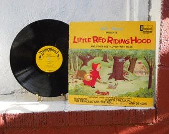 Little Red Riding Hood Record Album. Walt Disney 1969. Vintage Vinyl LP 33-1/3. Nice