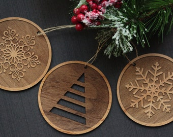 Christmas Ornaments - Wood Tree Ornaments - Unique Christmas Ornament Set - Snowflake Ornaments