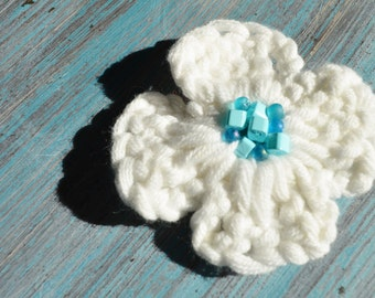 Beaded, crocheted white flower hair accessory