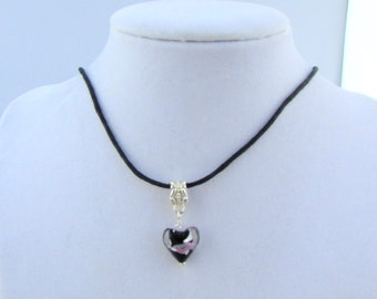 Black Lampwork Heart 16in Necklace (N149)