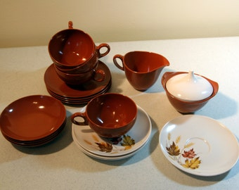 Oneida Deluxe-melmac-mixed lot-brown and white dish set-autumn leaves motif-retro melamine dishes