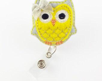 Yellow & Grey Owl Felt Badge Reel - Retractable ID Badge Holder - Cute Badge Reels