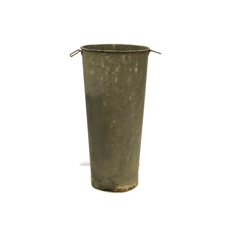 French galvanized zinc flower bucket vintage zinc bucket for Large galvanized buckets for flowers