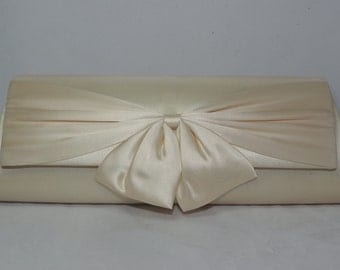 Champagne Bow Clutch, Champagne Bridal Handbag, Champagne Wedding Clutch Bow Bridal Clutch, Champagne Bridesmaid Clutch, Bow Wedding Handbag