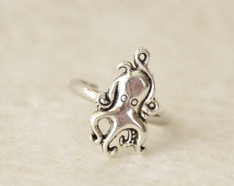 Octopus Ring / Silver Octopus Rings / Squid Rings / Beach Jewelry / Silver Squid Rings / Nautical Stocking Stuffer