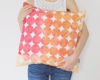 Geometric Decorative Pillow Cover in Pink, Orange / Pink Watercolor Pillow / Pink Geometric Cushion / Circle Pillow / Modern Throw Pillow