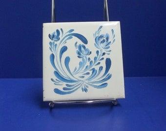 Ceramic Tile,Hand Painted, Ceramic Coaster, Wall Decor, Scandinavian Design, Blue and White, Trivet, Decorative Tile, Kitchen Decor.