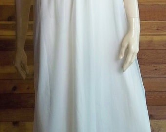 Vintage Lingerie 1950s TOSCA Ivory Chiffon Nightgown Small