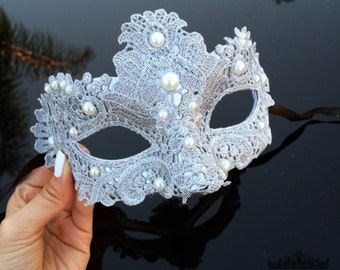 Masquerade Mask, Masquerade Ball Masks,  Silver Lace Mask, Lace Mask, Mardi Gras Mask, Mardi Gras Mask, Masquerade Ball Mask with Pearls
