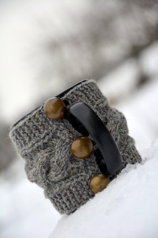 Knitted Mug Warmers Pattern : Knit coffee mug cozy / mug warmer with cable pattern natural