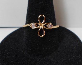 Dainty Gold Plated CZ Flower Ring (Size 7)