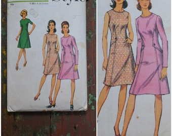 Vintage 1960s / 1970s Sewing Pattern, Style pattern 3759, Dress with sleeve options, Bust 40, Dressmaking Pattern / Sewing supplies