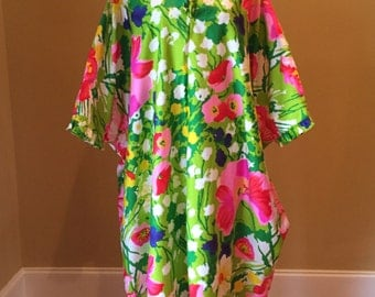 Vintage MuuMuu Robe 1960s B. Cohen Original By Jaconelli Bold Floral Pattern Ruffled Collar Lightweight Designer Dressing Gown Lounge Wear