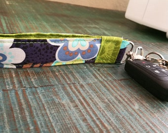 Green and Navy Floral Wristlet Lanyard