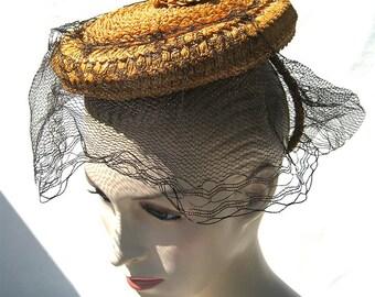 Vintage Evelyn Varon Victorian Inspired Straw Tam Hat.