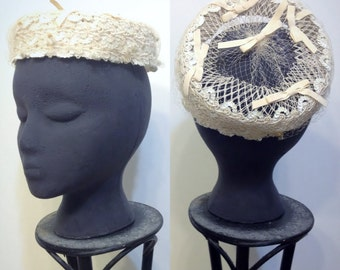 1940's Ivory Pin Up Bridal Hat with Sequins, Bows, Netting, & Embroidery, 1950's Sequin Hat, Old Hollywood Fascinator , Rockabilly Wedding