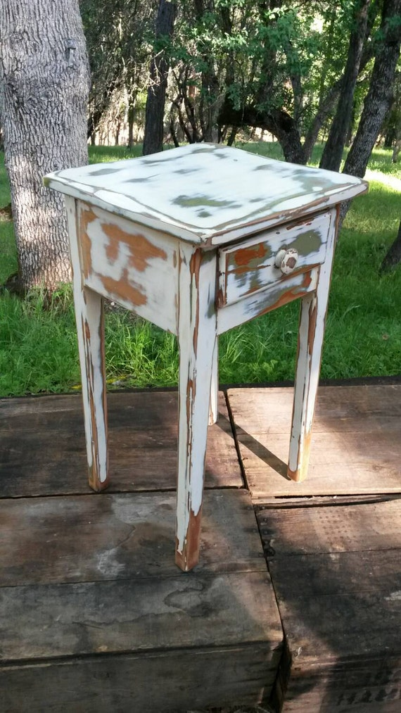 Foyer Table Distressed : Small wood table distressed chippy paint rustic entryway foyer