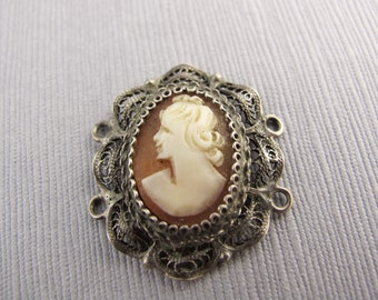 Vintage Cameo Element / Filigree Setting With Connectors (1) - Recycle - CB-52VPSB-178-D, Left Facing Cameo Portrait