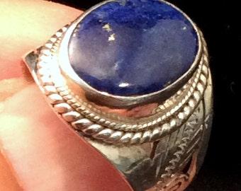 Size 7.75 Sterling SIlver Ring. Filigree  Blue Lapis .  free US ship