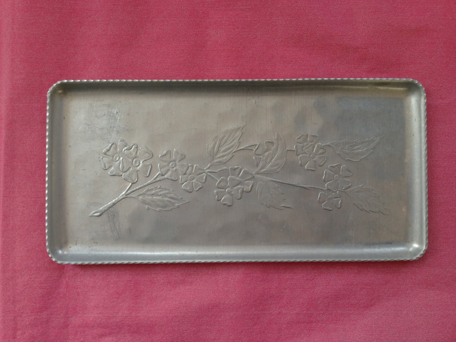 Vintage Hammered Aluminum Tray Embossed Apple Branch Apple