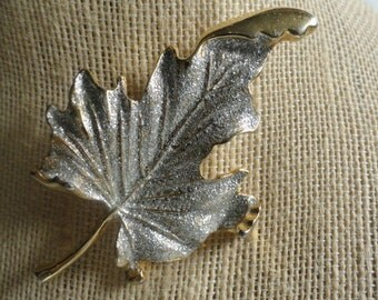 Brooch - Sparkly Maple Leaf - Gold tone and silver sparkles
