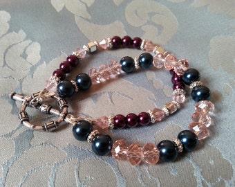 Pearl and crystal bead bracelet by SerenitybyGJ