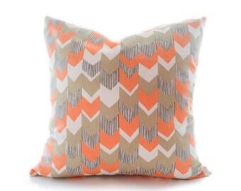 Arrow pillow cover - Orange, Beige and Off-White Pillow - Chevron Pillow - Modern Pillow - Decorative Pillow