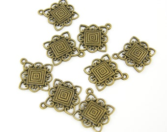 Antique Brass Tribal Pendant Charm Square Lacy Edges Bronze Ethnic Jewelry Finding 8 Pieces |AN9-2|8