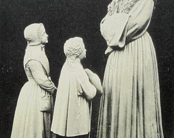 French Vintage Unused Postcard - 'Conversation' Statue in Notre-Dame de la Salette Sanctuary, Isere, France