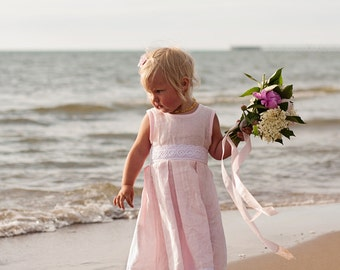 Blush pink girl dress and hair clips, pink flower girl dress, light pink girl outfit, pink linen girl dress, pink toddler dress and clippies