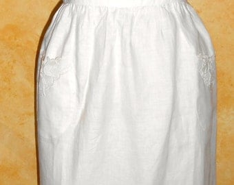 Vintage Embroidered Lace Vintage Creme Full Apron Mother's Day Gift