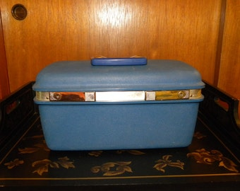 True Blue Samonsite Beauty Case Mirror Tray and Key Included in Original Box Saturn 400 Luggage Train Case