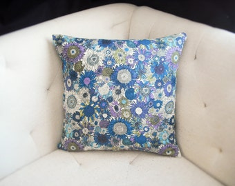 Floral Sunflower Print 18x18 Pillow Cover in White Blue Green Purple