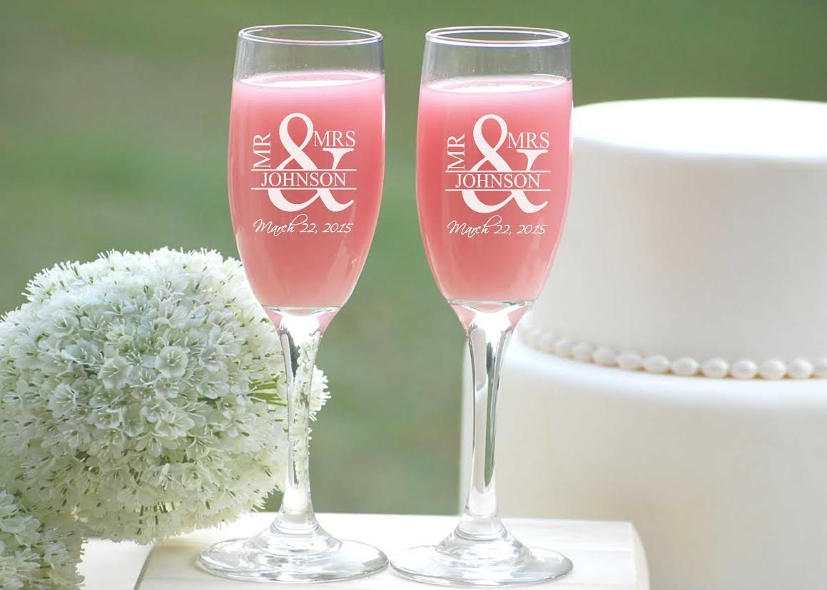 couples initials bride and groom gift set of champagne flute