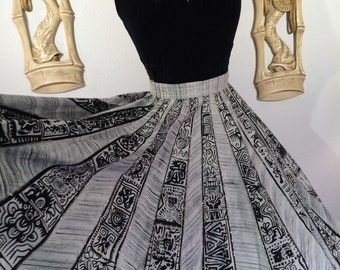 Lovely 1950s Sequined Mexican Circle Skirt -- Lovely but in Need of TLC