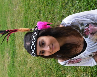 H22-Headband with large rooster pink and  natural color Feathers