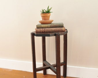 Dark Oak Plant Stand - Low End Table - Nightstand - Handmade - Wood - Wooden - Octagonal Top