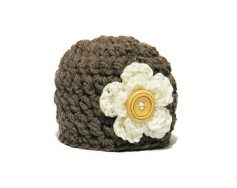 Newborn Girl Hat, Baby Girl Hat, Newborn Girl Beanie, Button, Brown, Infant Girl Hat, Newborn Photo Prop, Baby Shower Gift, Chunky, Crochet