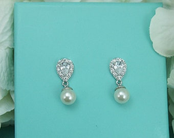 Sparkle cz earrings, pearl bridal earrings, bridesmaids earrings, wedding jewelry, wedding earrings, bridal earrings, Elisabeth Earrings