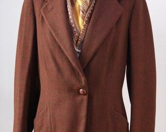 1940's Ladies Riding Jacket. Medium brown English tweed with fine green window pane check.
