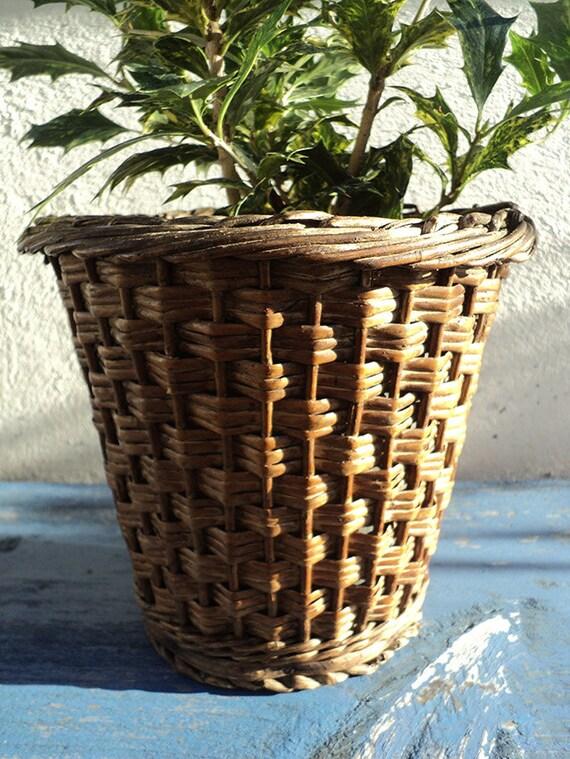 Cache-pot ancien en vannerie, pot en osier avec double fond en zinc, Jardin d'hiver; Jardinière