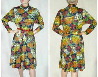 Groovy 60s Flower Dress