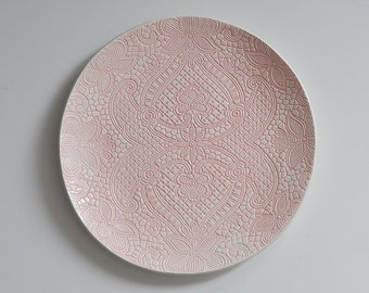 pink lace ceramic wedding plate for wedding party