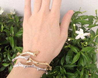 Branch bangle - twig bangle - nature jewelry