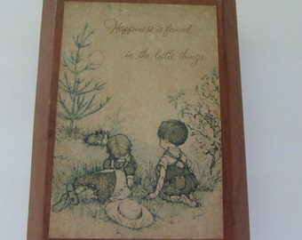 Vintage (1970s)   Holly Hobbie wall plaque