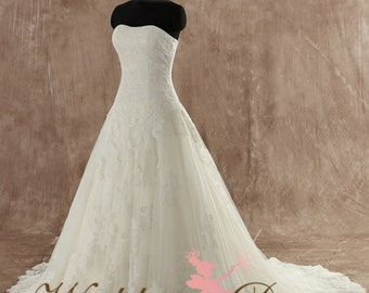 Gorgeous Lace Wedding Dress Custom Made to your Measurements Soft Sweetheart Neckline